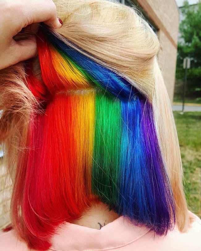 Яркая радуга -блондинка