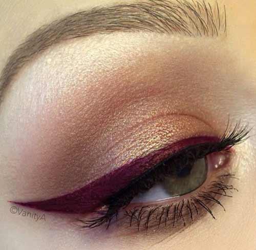 Серый цвет глаз и красно-коричневая подводка