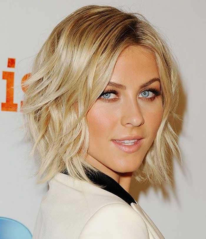 Каре на волнистой структуре волос
