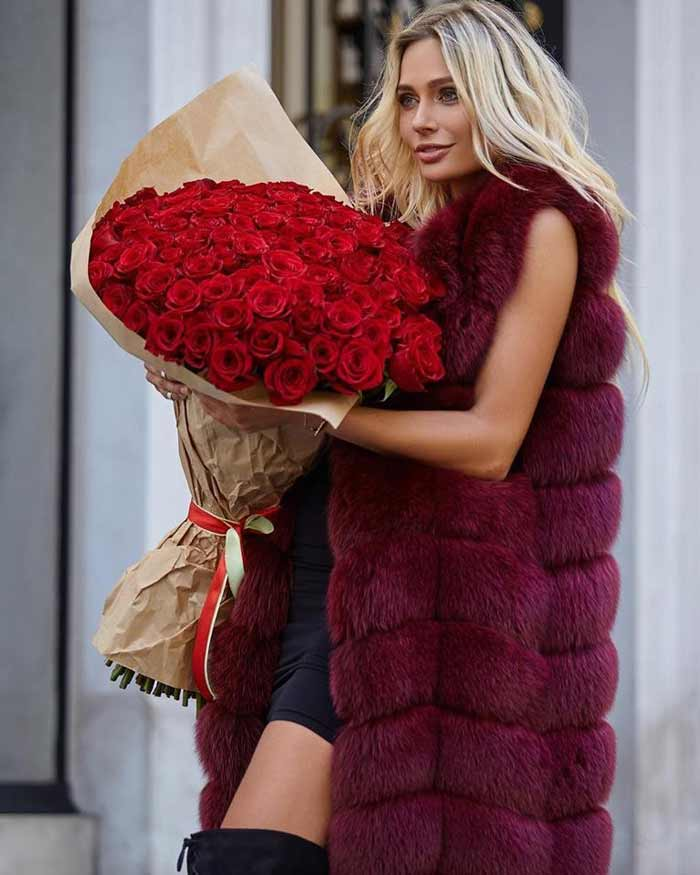 Красный меховой жилет+платье