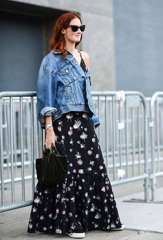 Джинсовая куртка платье и кеды