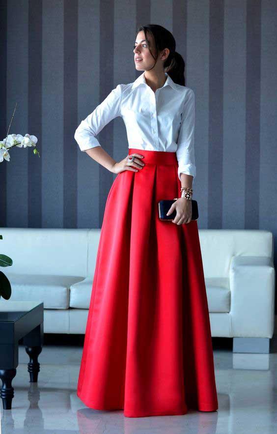 Красная юбка с белой рубашкой