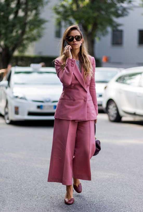 Модный лук с короткими брюками
