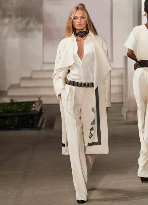 Белые широкие брюки -классика