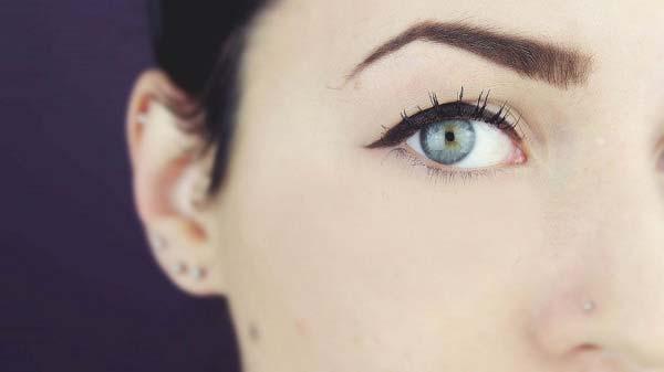 Ошибка в макияже глаз
