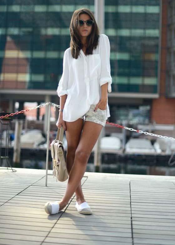 Шорты+белая блуза+эспадрильи