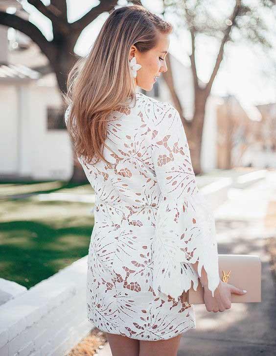 Белое кружевное платье на лето