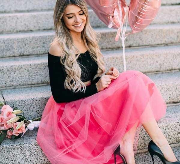 Розовая юбка+черный топ