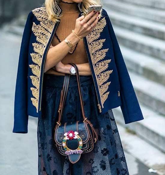 Миниатюрная сумка и вышивка цветы