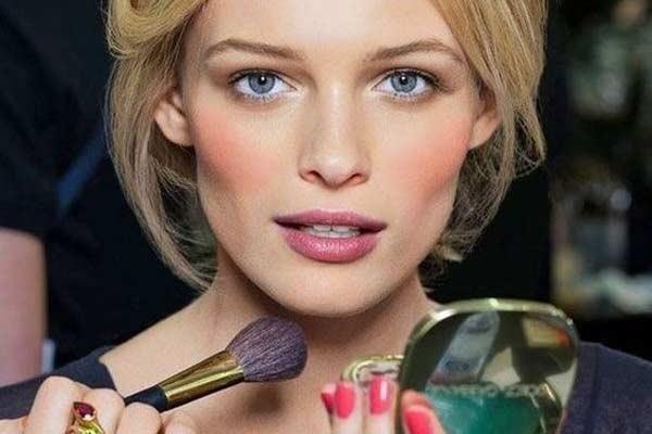 Как продлить стойкость макияжа
