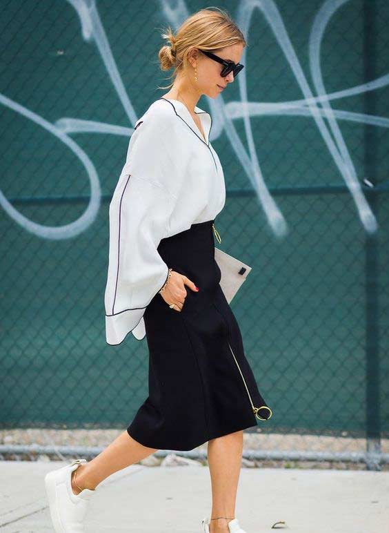 Белая рубаха и модная юбка с молнией