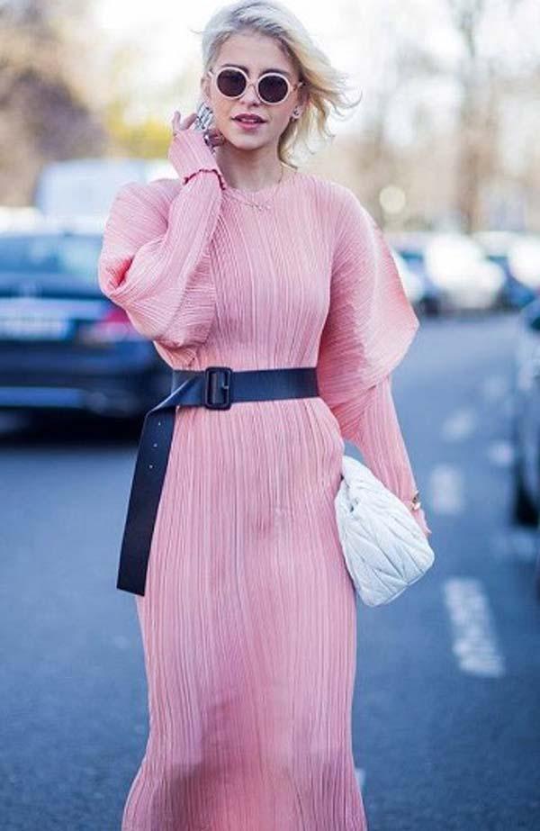 Розовый цвет. модное платье уличный стиль