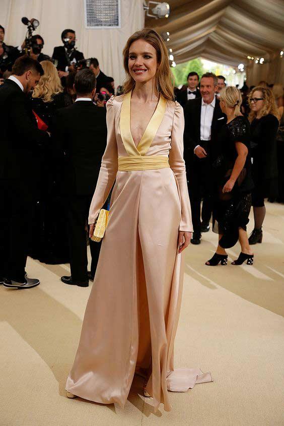 Водянова, платье на Met Gala 2017