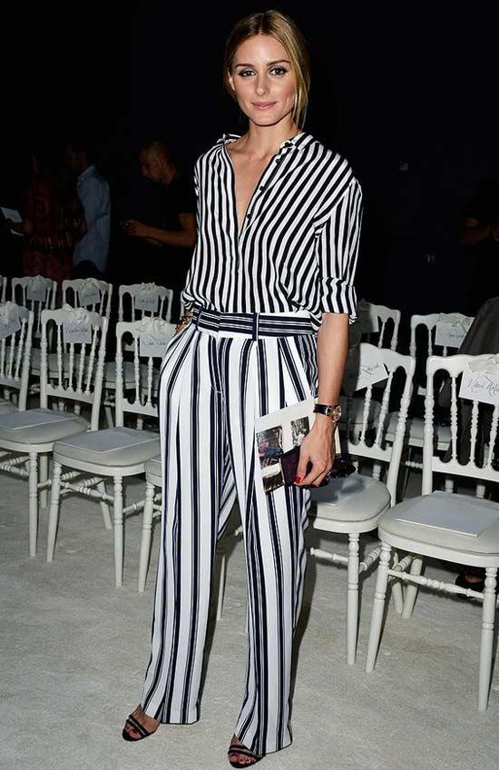 Закатанные рукава блузки Оливии Палермо