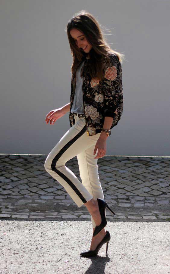 Бомбер и брюки с лампасами