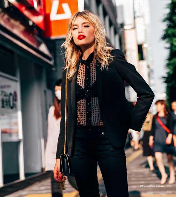Образы с черными джинсами