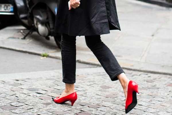 Красные туфельки kitten-heels