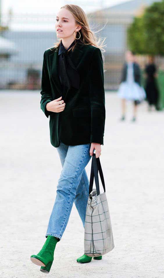 Бархатный пиджак с джинсами