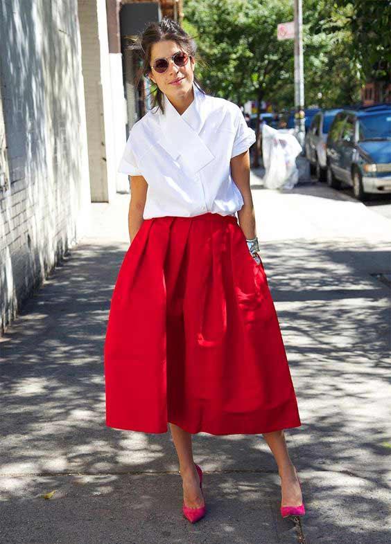 Белая блуза + красная объемная юбка