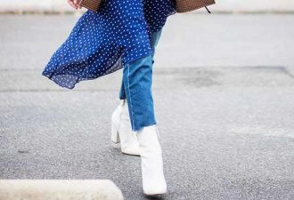Сочетать платье и джинсы