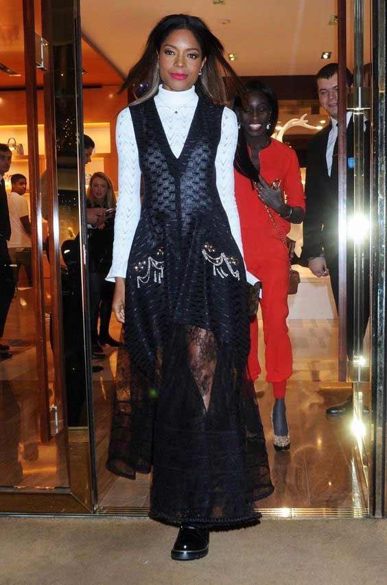 Кружевное нарядное платье