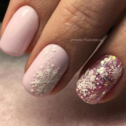 Розовые снежинки