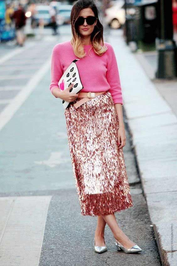 В розовом - юбка с пайетками