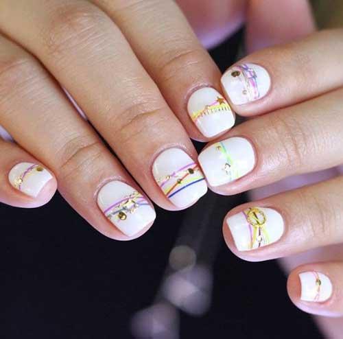 Белый фон bracelet nails