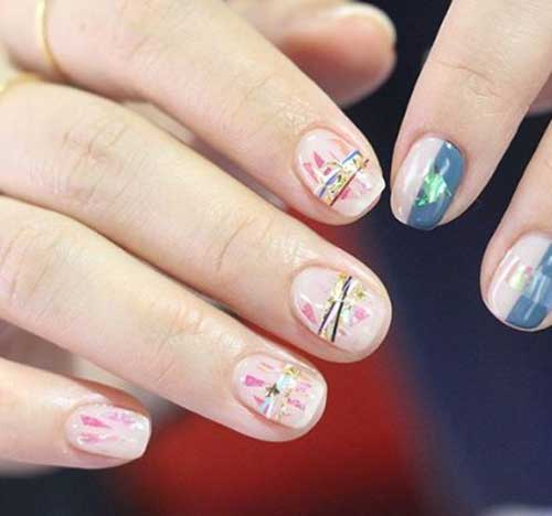 Маникюр имитирующий браслет на ногтях