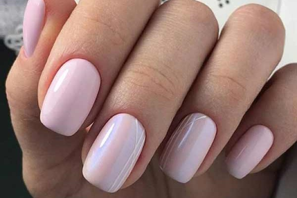 Розово-сиреневый нейл-дизайн