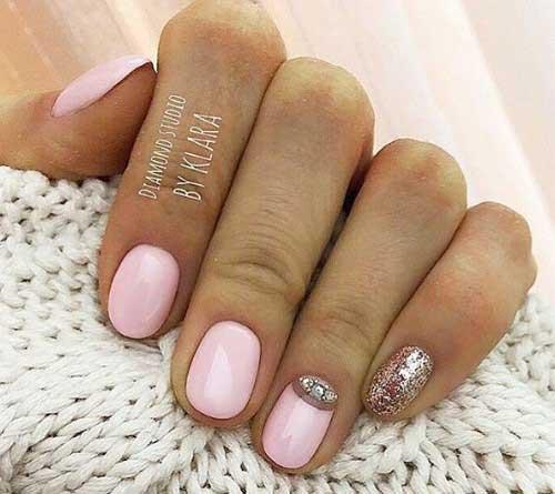 Красивый розовый дизайн маникюра