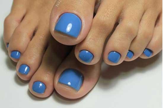 Однотонное покрытие ногтей ног гель-лак