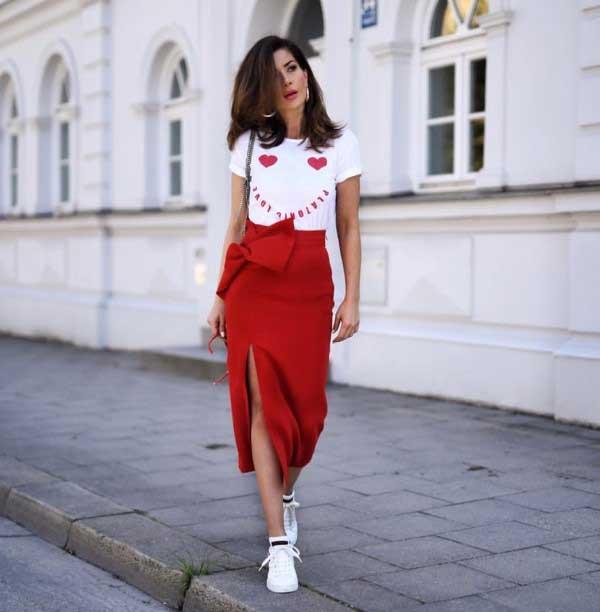 Красная модная юбка 2018
