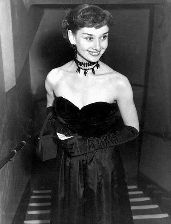 Одри Хепбёрн и украшение чокер