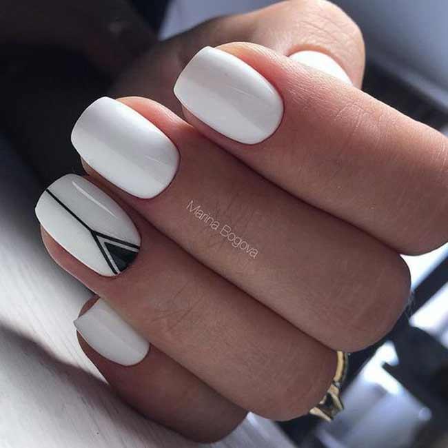 Сочетание белый цвет + черный треугольник