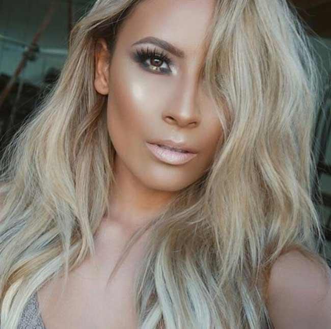 Стробинг на светлой текстуре волос