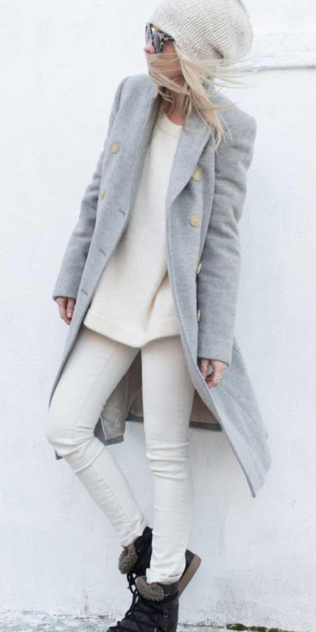 Джинсы + свитер белого оттенка