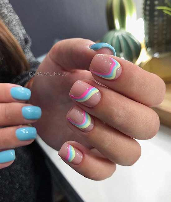 Разный цвет ногтей на коротких ногтях