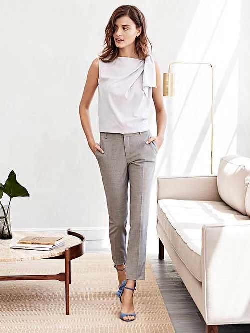 Зауженные укороченные брюки в классическом стиле