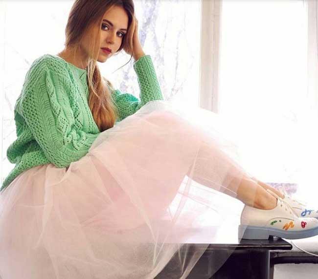 Розовая юбка + зеленый