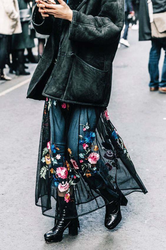 Сочетание платье с брюками