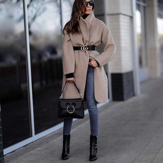 Легкое пальто в стиле oversize
