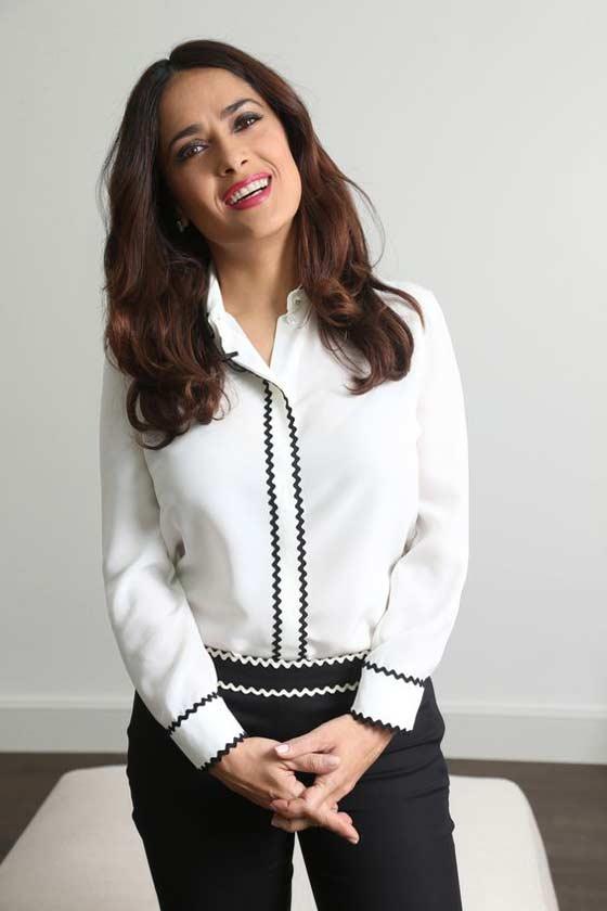 Salma Hayek 50 лет блузка