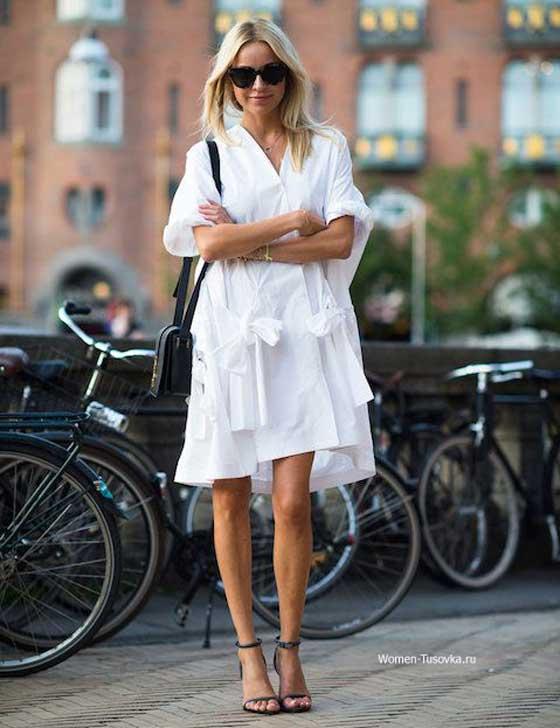 Для вечернего променада по городу - белое платье
