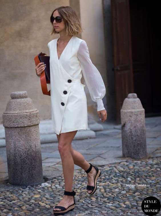 Мини-платье белое
