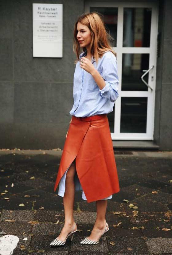 Кожаная юбка миди - модный образ