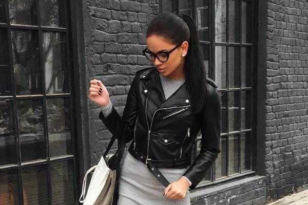 И на работу, и на свидание: с чем сочетать черную кожаную куртку?
