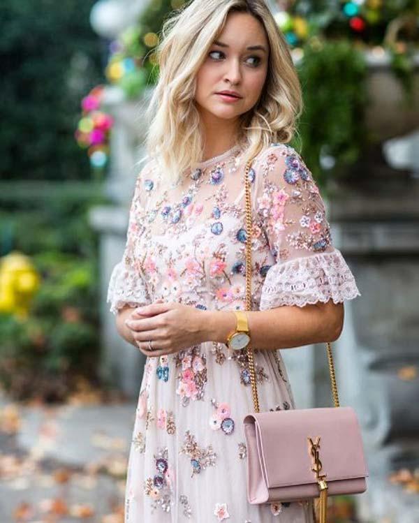 Отделка кружевом, нежное платье на лето