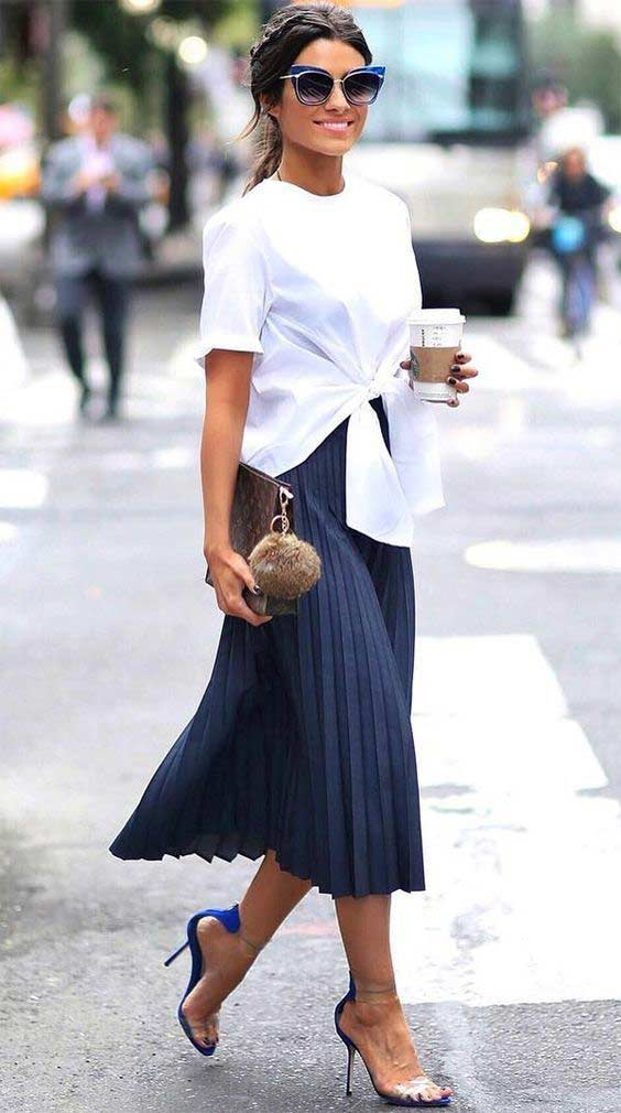 Юбка и объемная белая блуза