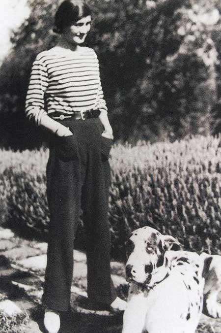 Coco Chanel в матроске